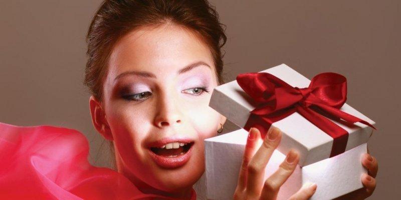 ТОП-5 подарков любимой на Новый год с AliExpress