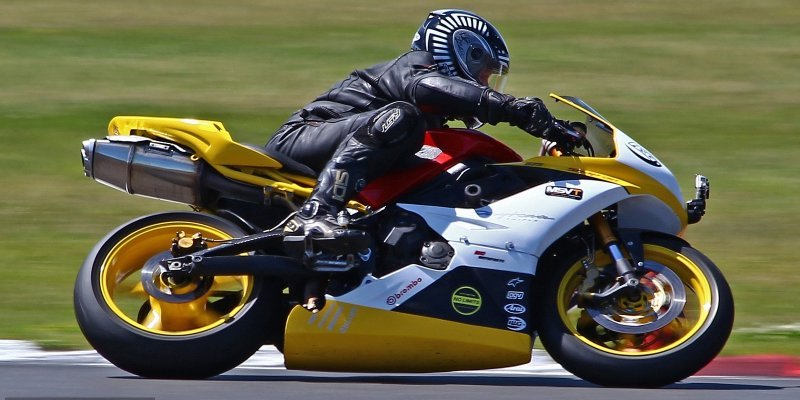 ТОП-5 костюмов для мотоциклистов из Aliexpress