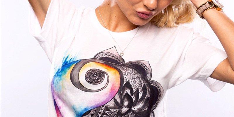 10 модных футболок и топов для женщин из AliExpress