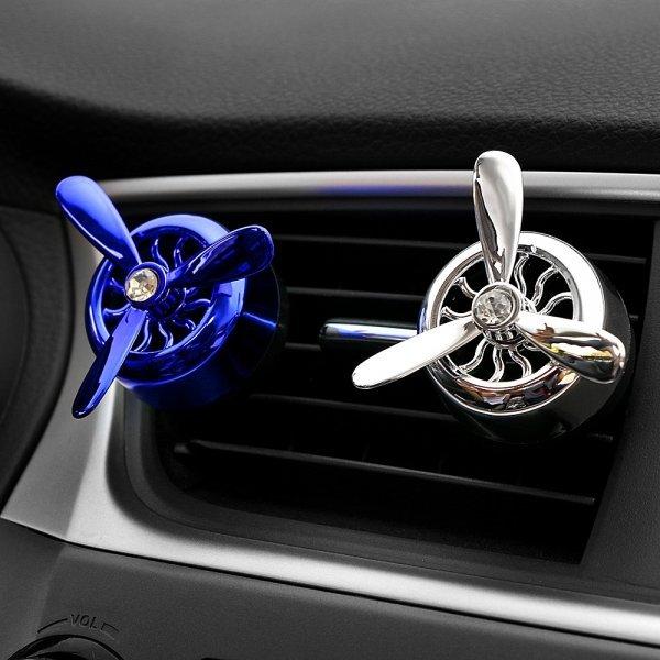 Стильный подвижный ароматизатор в авто Cyberday (5 цветов)