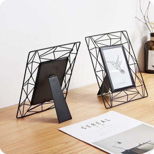 Рамка для фото в лаконичном дизайне (24*18.5 см)