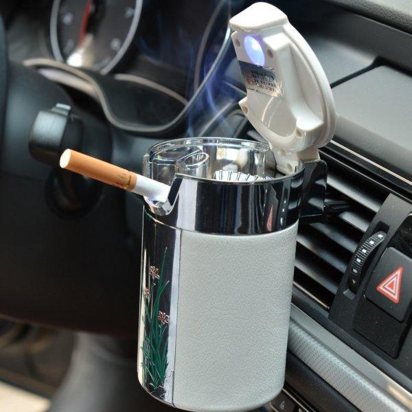 Стильная пепельница для авто с подсветкой Chiziyo (2 цвета)