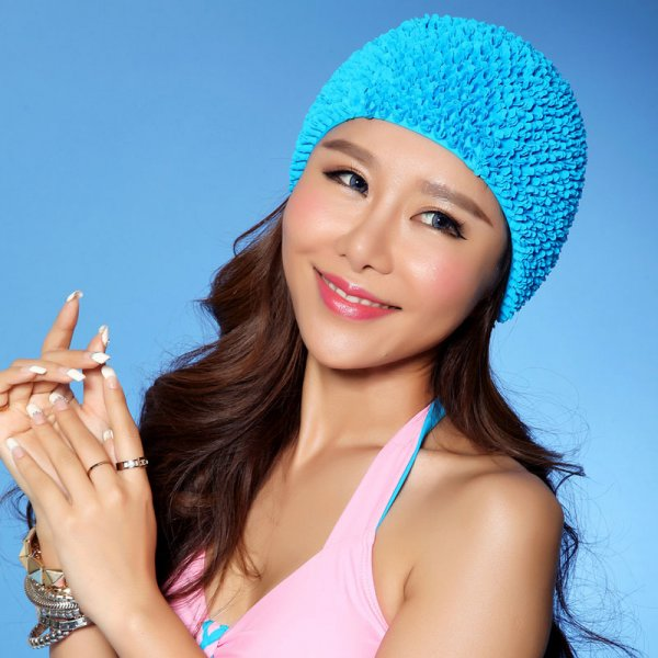 Яркая шапка для плавания не даст волосам промокнуть (4 цвета)